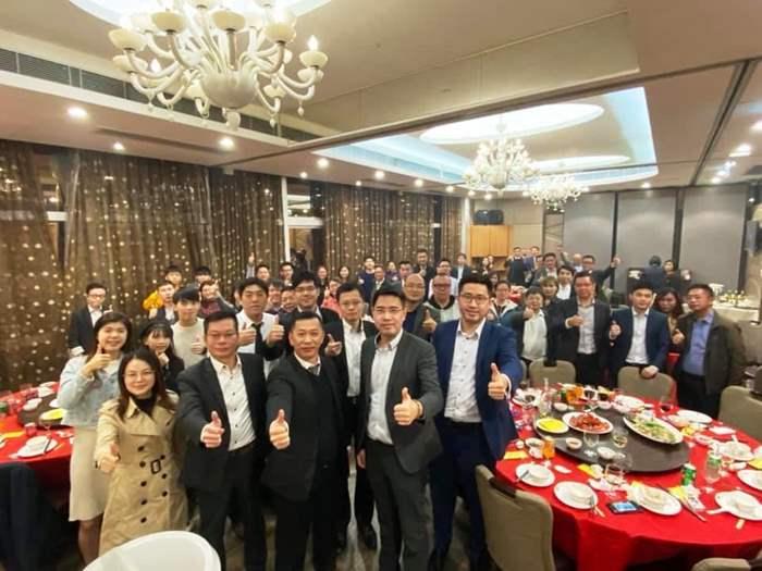 中原地產東涌及青衣區范偉康團隊, 2019年成績$5300萬,日前特設晚宴慶功。