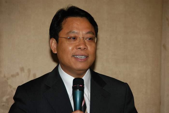 中原地產港澳行政總裁黃偉雄先生