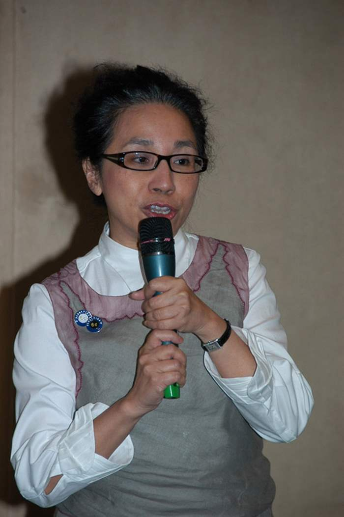香港大學潘錦溪商業研究學院導師翁陳琰嫦女士