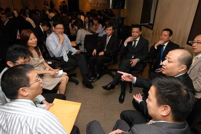 齊集歷屆學員 舉辦「優質顧客服務」交流會