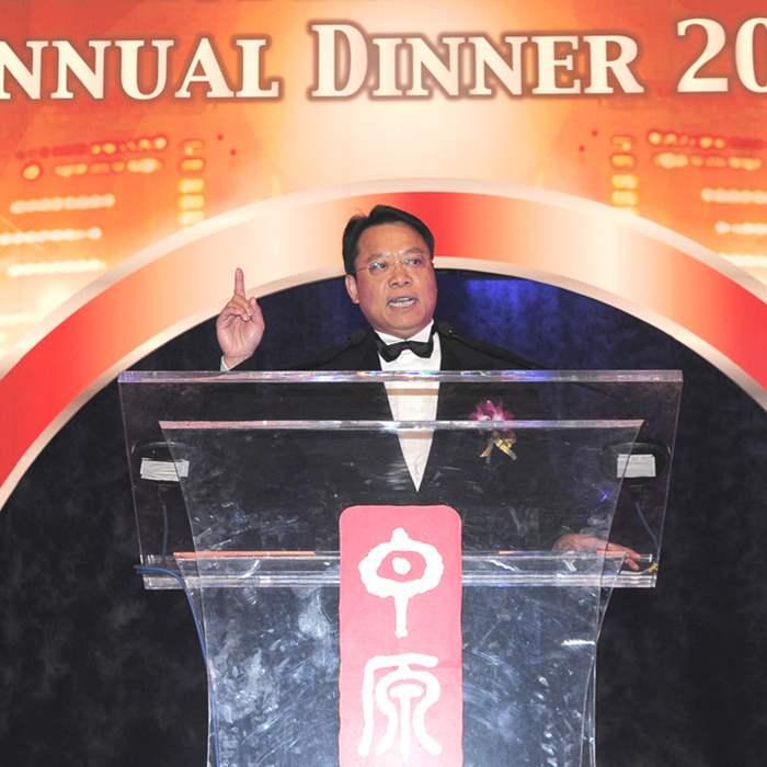 中原地產亞太區總裁黃偉雄先生回顧2010豐收年。