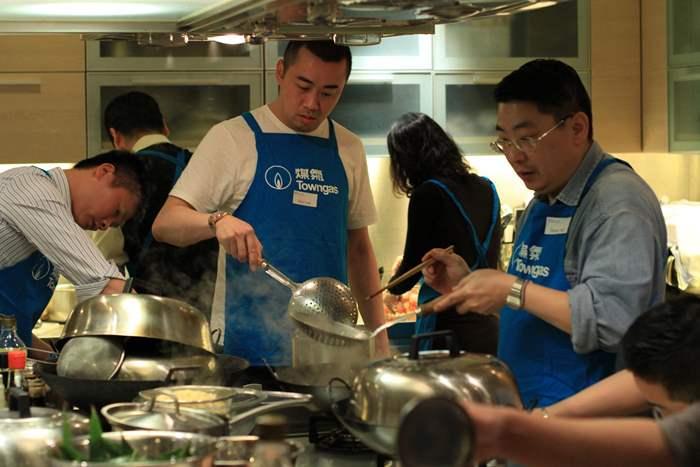 中原精英好煮意   烹飪比賽顯身手