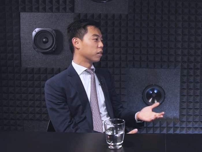 鄧氏談論香港要多向國內的零售業在運用新科技線上推廣作借鏡,才能推動行業發展