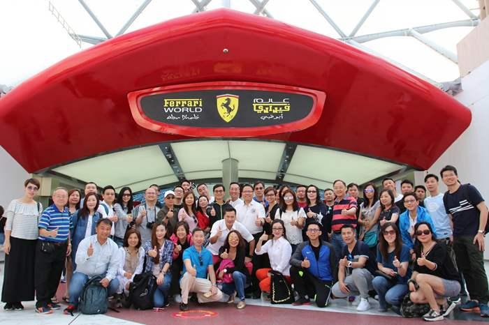 Ferrari World內沒有Ferrari供駕駛體驗,却可以體駛多款過山車,一樣刺激。