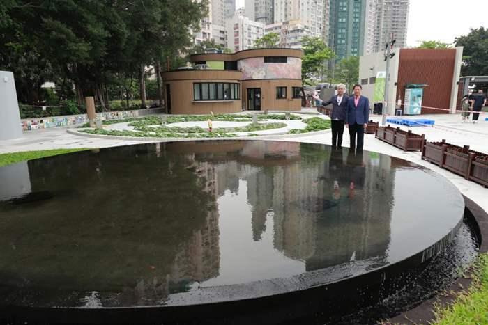 應居民意願復建的「天空之鏡」,同時是一個水循環系統。