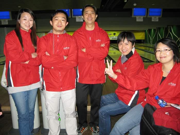 由後勤同事組成的參賽隊伍精神奕奕。