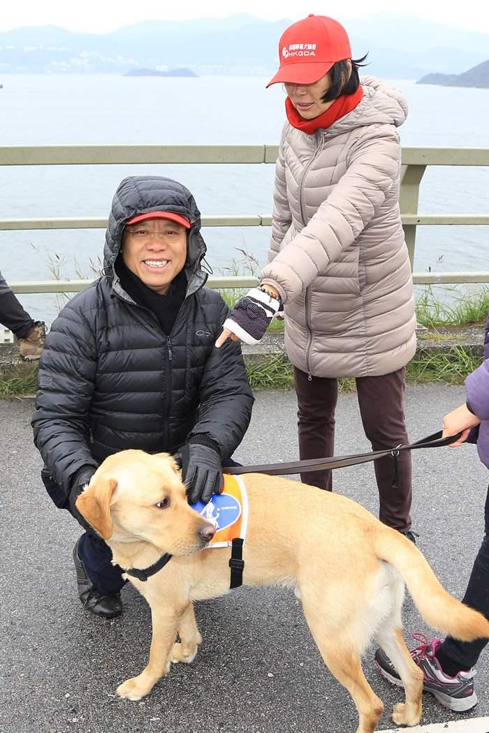 義工帶同受訓中的準導盲犬岀席。