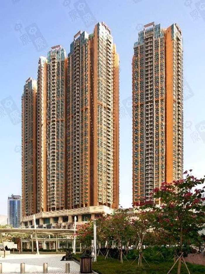荃灣萬景峰罕有5房相連戶 990萬元易手